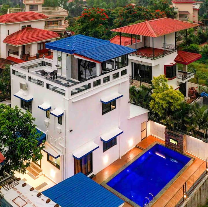 Titto's 2.0 Premium 4BHK with private pool & deck