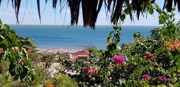 Grande villa avec une vue mer magnifique