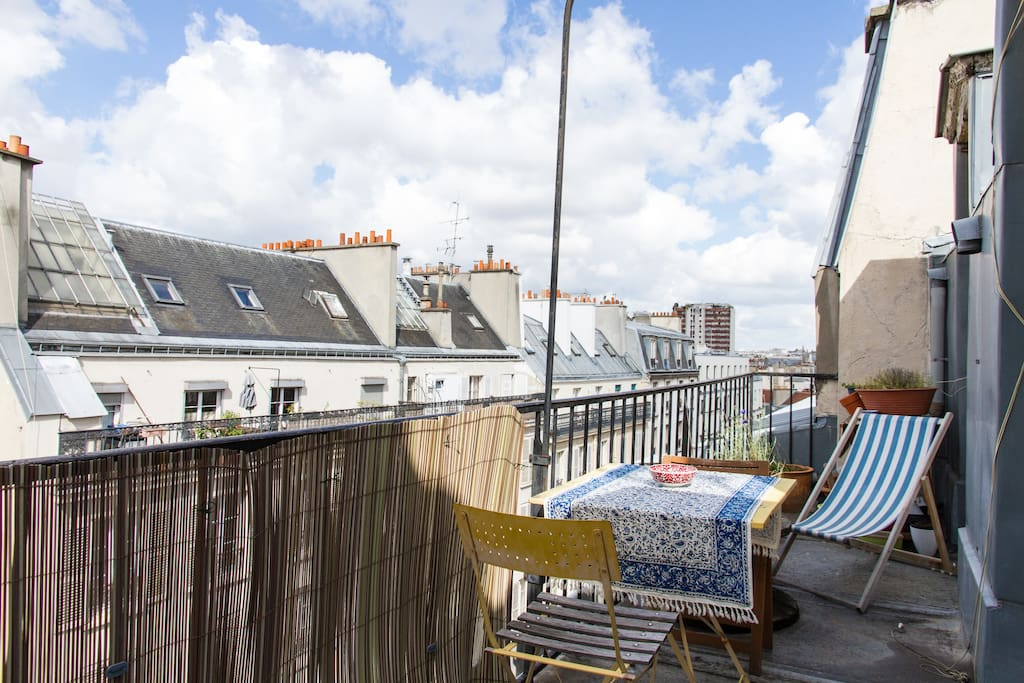 Appart cosy terrasse sud avec vue appartements louer for Appart hotel france sud