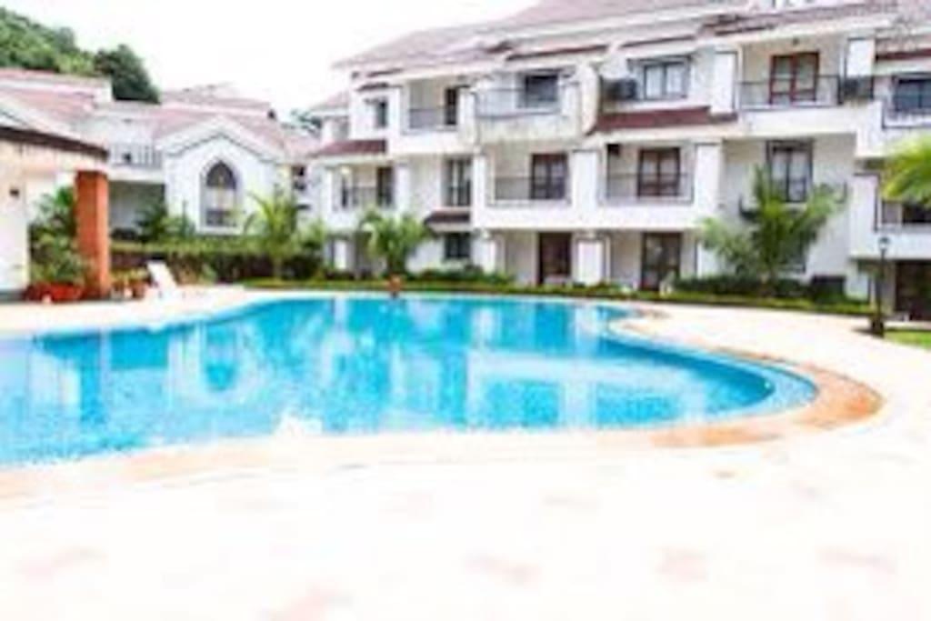 Riviera Saphhire with two pools