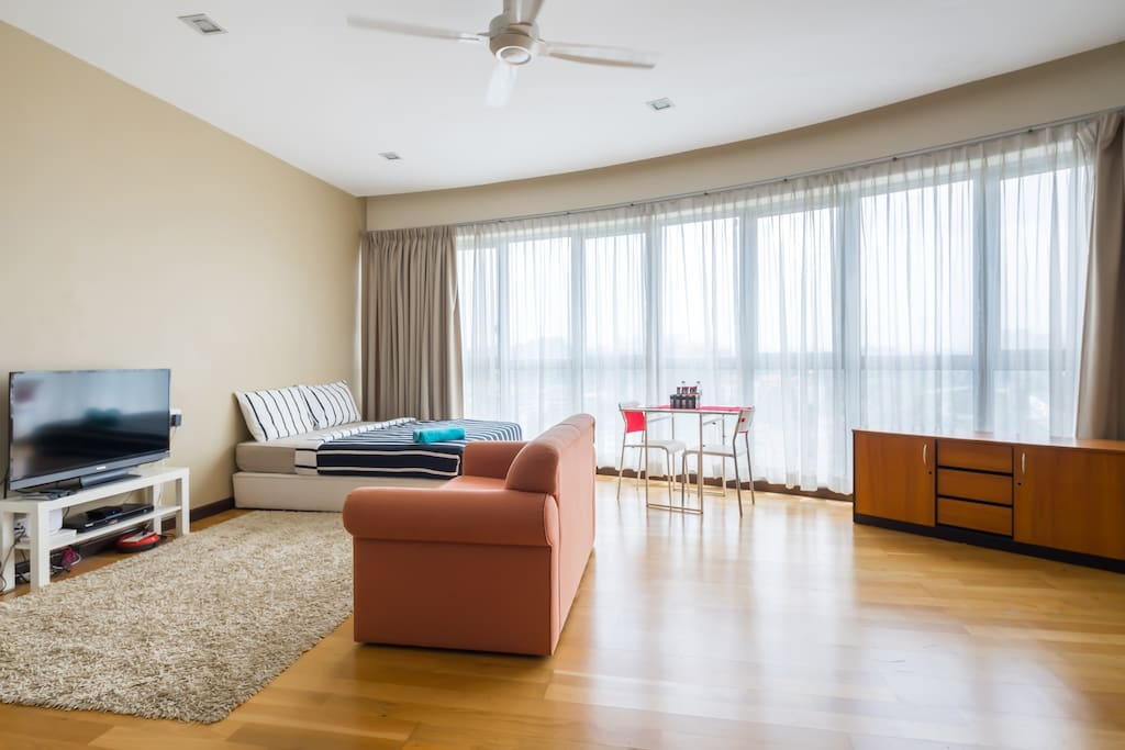 Apartment For Rent In Foyer Infinity : Lux studio with view infinity pool free yoga