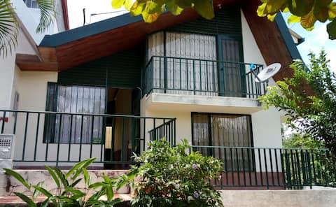Hermosa y tranquila casa de descanso en Villeta