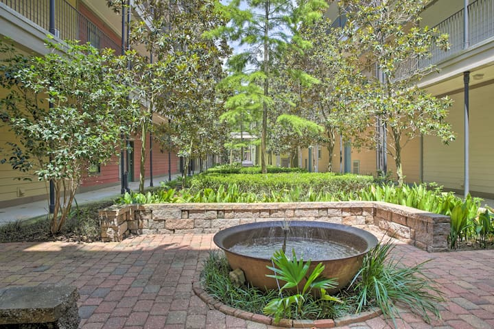 Gated Condo w/Balcony-0.5 Mi to Tiger Stadium