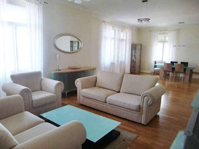Apartment De Luxe 4* for 2-6 person - Opatija - Villa