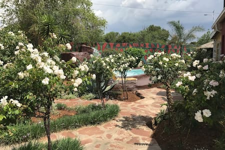 Homely Guesthouse - Roodepoort
