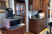 COMBO: Convection Oven-Broiler-Microwave