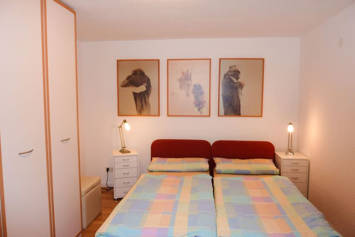 Ferienwohnung Marienblick, (Sipplingen), Ferienwohnung, 40qm, 1 Schlafzimmer, 1 Wohn-/Schlafzimmer, max. 4 Personen