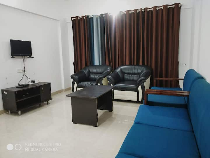 Beautiful 2BHK AC Fully Furnished Flat in Balewadi
