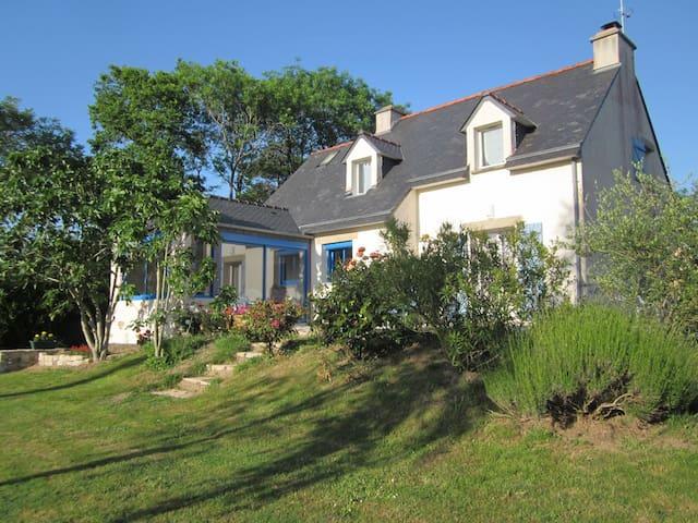 Belle maison avec jardin à 300 mètres de la plage