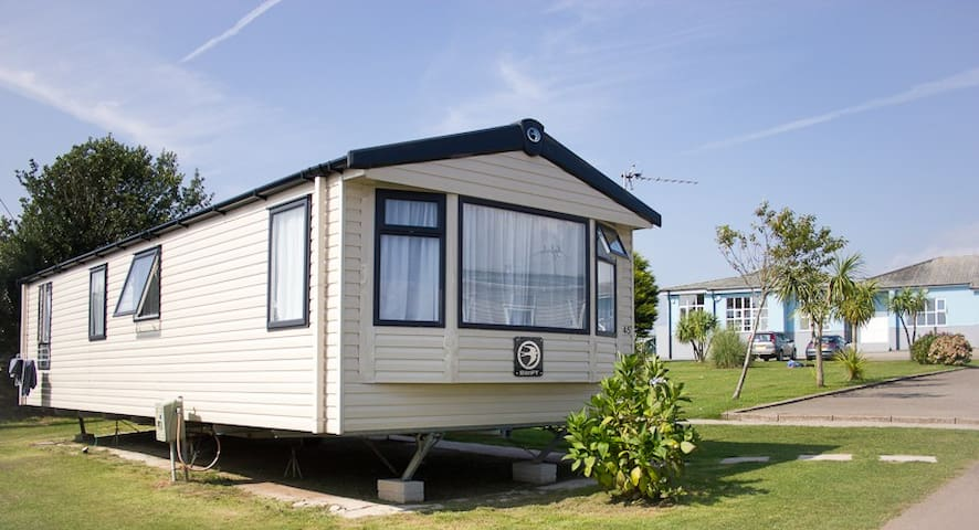 Tencreek Holiday Park - Looe - Cabin