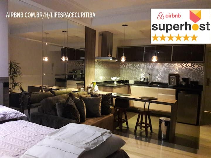 Studio Superhost LifeSpace Curitiba. piscina/acad.