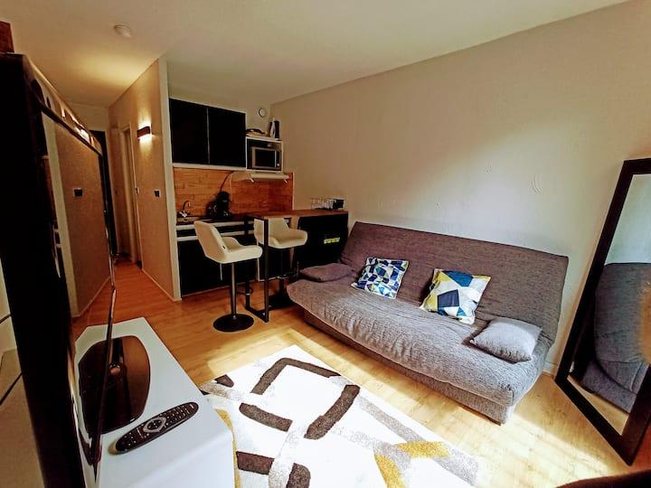 Beau studio plein centre au pied des télécabines!