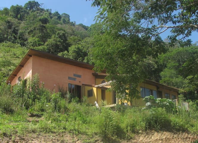 Sítio das Flores - São Luis do Paraitinga - São Luís do Paraitinga - Casa de campo