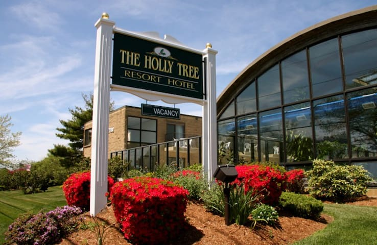 Cape Cod Summer Week @ Holly Tree Resort!