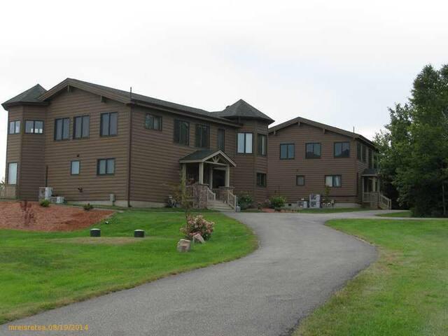 Modern Private Timberframe Lodge - Robbinston - Huis