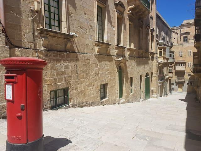 Valletta Boutique Escape - 2