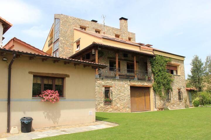 Hotel Rural Valle del Tuéjar***
