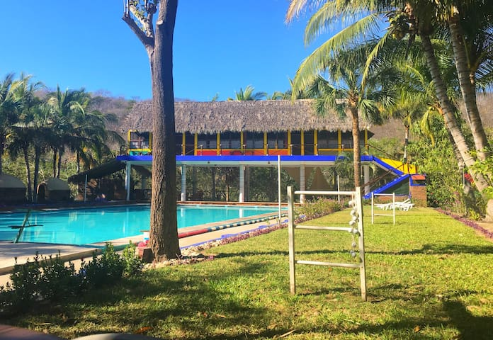 AquaVilla & Casa Verde cabins - Huatulco - Blockhütte