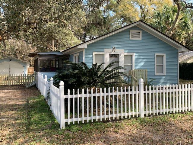 Blue Heron Hideaway - Inglis/Yankeetown, FL