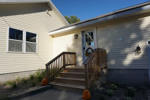 Cozy Private Getaway near Pigeon River St. Forest