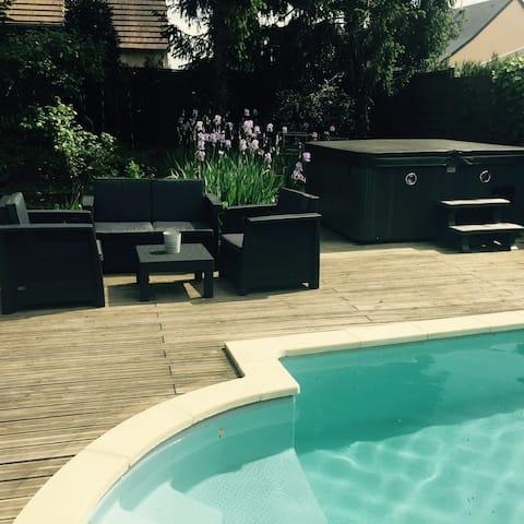 Outbuilding Jacuzzi acesso e piscina