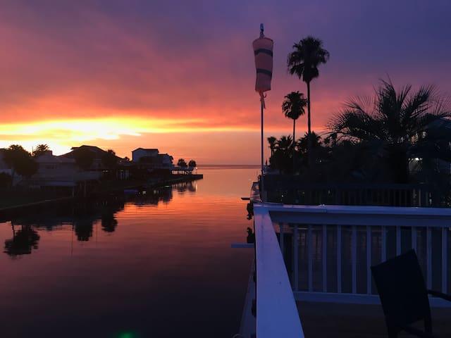 Galveston West End Waterfront Getaway in Sea Isle