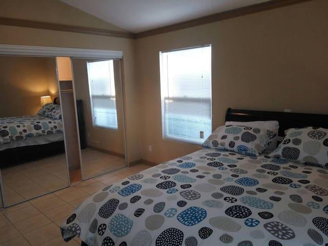 Modesto, Private, Comfortable bedroom 4