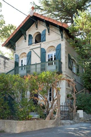 The squiril house - Villeneuve-lès-Avignon