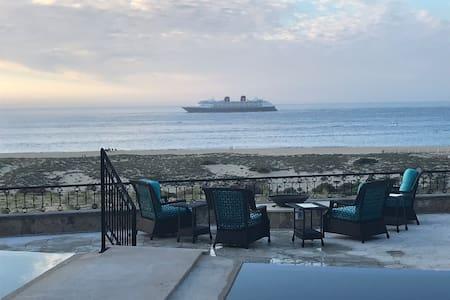 Novoespania Villa oceanfront at Sunset Beach ,Cabo