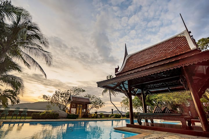 Royal Orchid Superior Villa