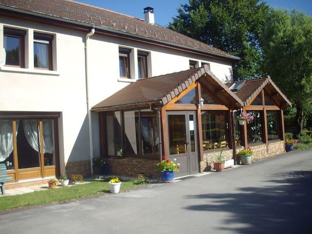 chambre d'hote - Charézier - Domek gościnny