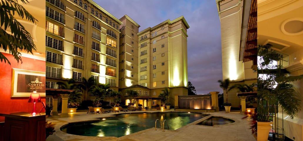 LUXURY VACATION IN ESCAZU SAN JOSE COSTA RICA - San Rafael - Serviced apartment
