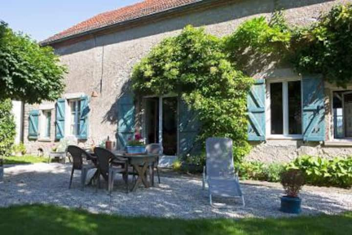 Village life in the heart of Burgundy