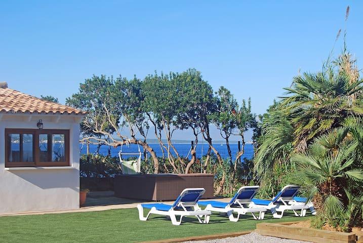 TOSCA - Casa en primera línea de mar con Jacuzzi exterior