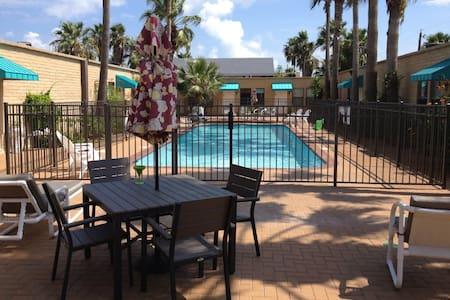 Quiet Affordable Condo on South Padre Island, TX - South Padre Island