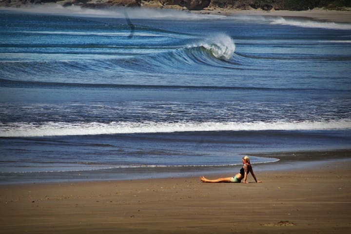 Surf Vacations... House, view, perfect waves. - El Gigante
