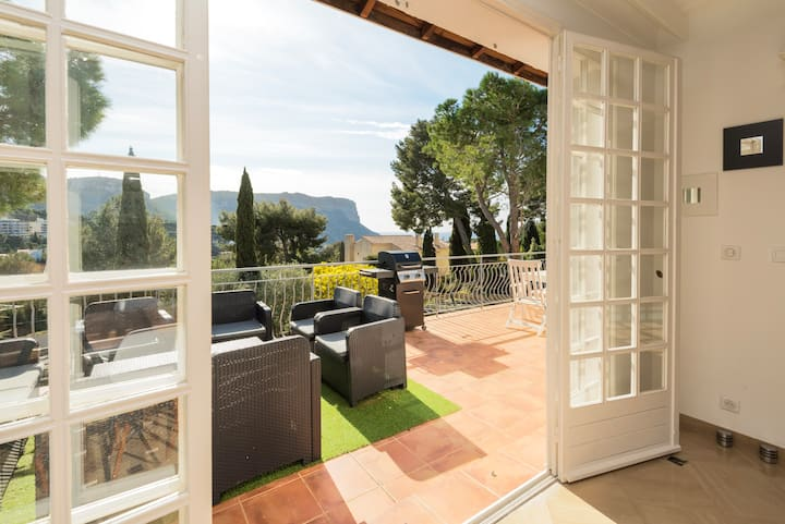 Independent Suite 3 bedrooms with large terrace