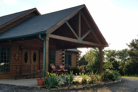 The Lodge at Broad Lea Farms/Main Floor