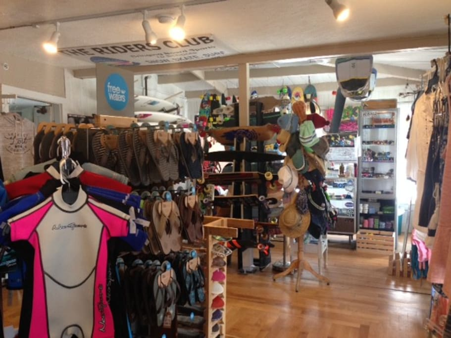 MOCEAN SURF and SKATE SHOP located on site