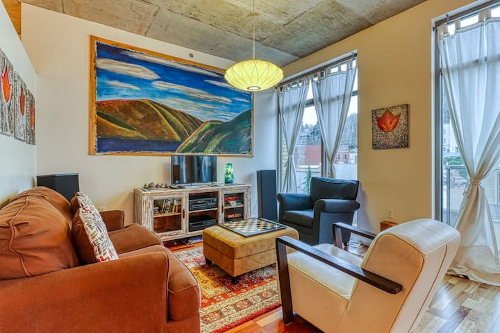 Stunning, updated loft in the heart of downtown Hood River!