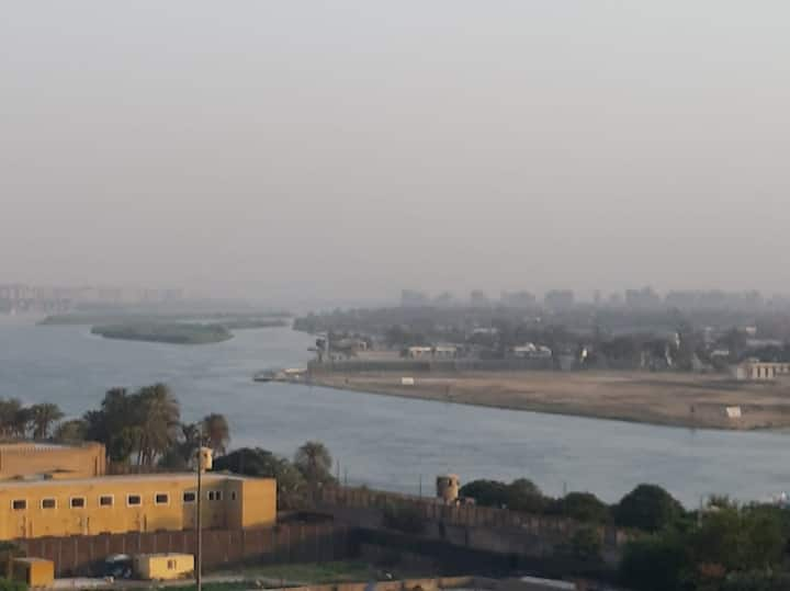 Amazing Nile view apt in Cairo,bright,super clean