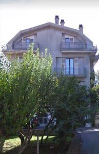 Appartamento semi arredato