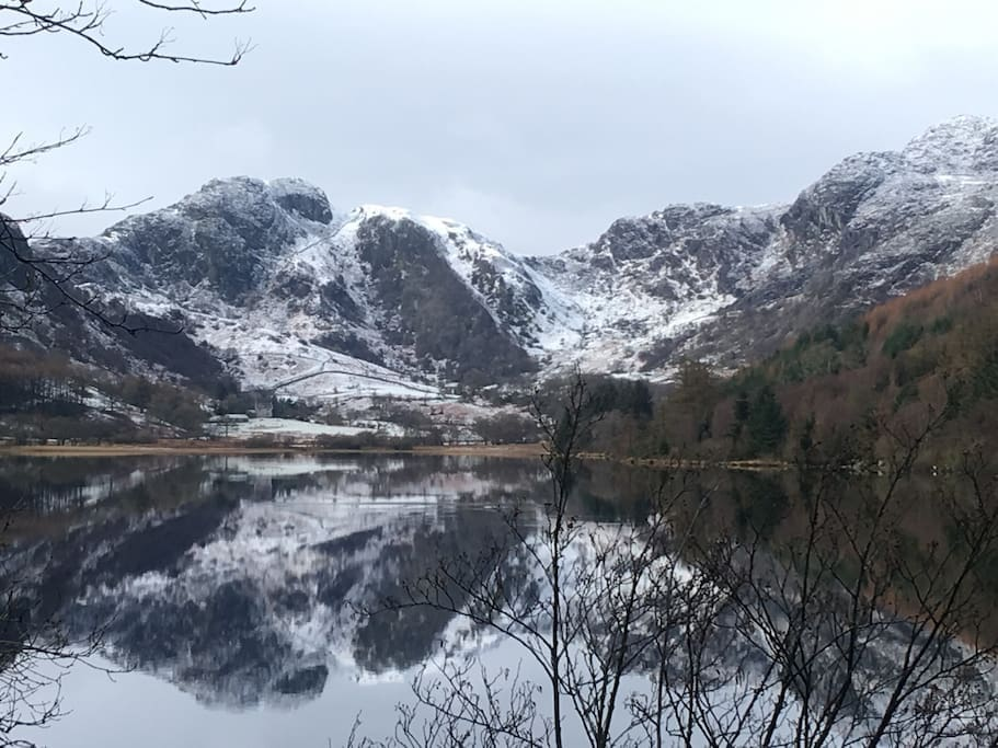 LLyn Crafnant at top of the road