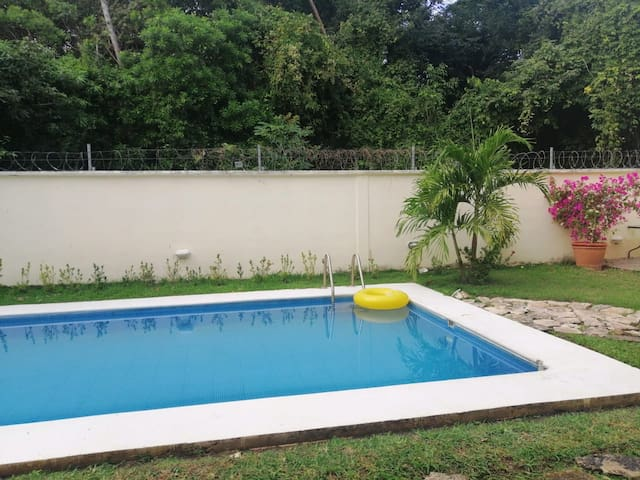 Independent Studio with pool private & safety area