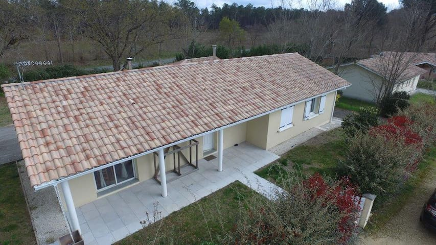 Maison récente proche de Mimizan - Saint-Paul-en-Born - Rumah