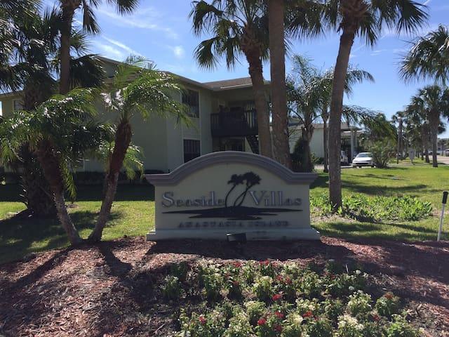 Seaside Villas - Chip McGraw - Saint Augustine Beach - Condominium