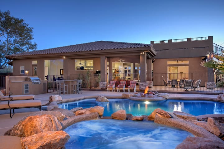 16 beds- Prime Location Spectacular 6 Bdrm home! - Scottsdale - Haus