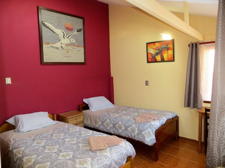 Comfortable double room  - breakfast / kitchen
