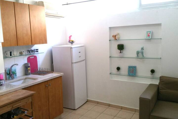 ❤️Best Location Next to Beach! Affordable Studio