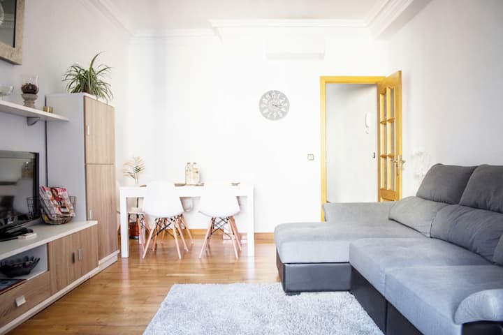 APARTMENT IN SOL - FREE LARGE PARKING SPACE